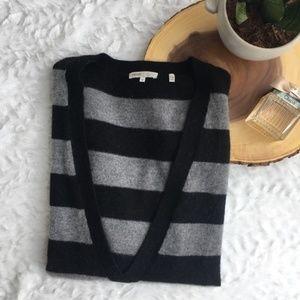 VINCE Deep V Cashmere Striped Sweater {Q34}
